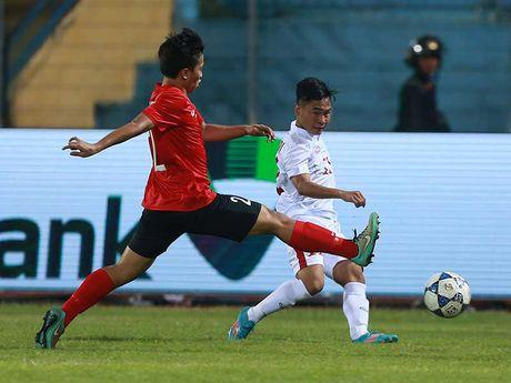 U-19 Viet Nam - U-19 UAE: Sau con 'dia chan' - Anh 1