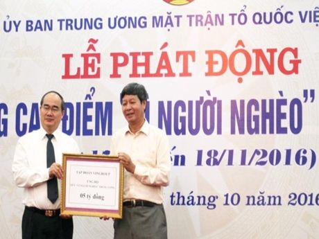 Hon 348 ti dong ho tro nguoi ngheo ca nuoc - Anh 1