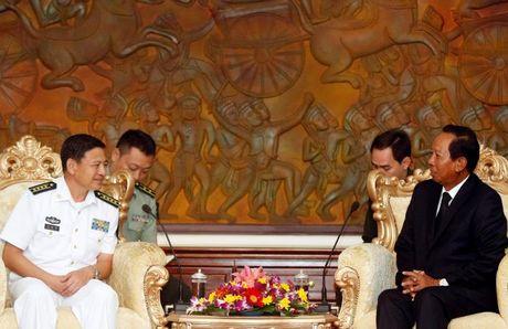 Trung Quoc dong y giup Campuchia hien dai hoa quan doi - Anh 2