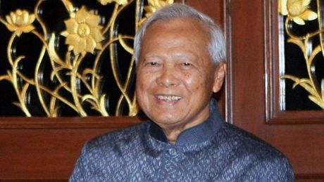 Ong Thaksin va cuoc doi dau that bai voi tuong Prem - Anh 2