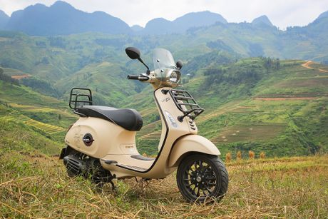 Anh Vespa Sprint ABS phien ban phuot tai Viet Nam - Anh 1