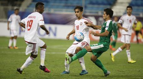 UAE de 'nuot song', U19 Viet Nam up mo da tu thu - Anh 1
