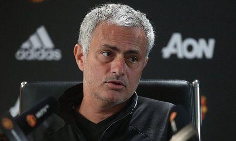 Mourinho gap rac roi lon truoc dai chien Liverpool - Anh 1