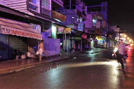 Co gai cung cha danh ghen nao loan TX Binh Minh - Anh 2