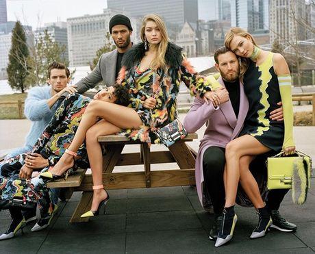 Ban trai sieu mau Gigi Hadid hop tac cung Versus Versace - Anh 4