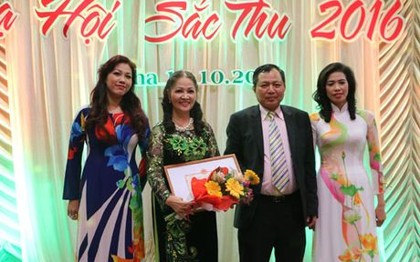 Da hoi Sac Thu ton vinh phu nu Viet Nam tai Cong hoa Sec - Anh 4