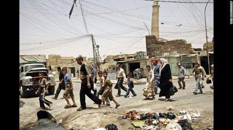 Anh Mosul-Iraq thoi chua co su hien dien cua My va luc luong co den IS - Anh 17