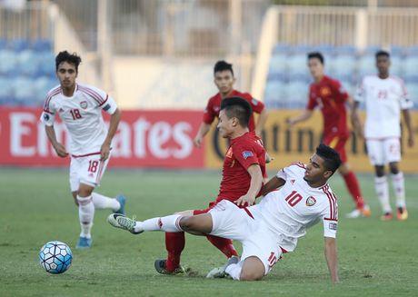 U19 Viet Nam mat Trong Dai va chiu penalty day tranh cai - Anh 1