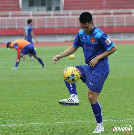 HLV Huu Thang nhan tin vui truoc tran giao huu FC Seoul - Anh 2