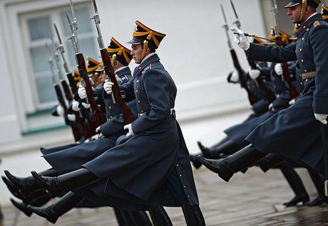 Muc so thi nghi thuc doi gac o Dien Kremlin - Anh 9