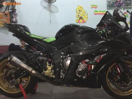 Sieu moto Kawasaki ZX-10R do carbon 'sieu khung' tai VN - Anh 5