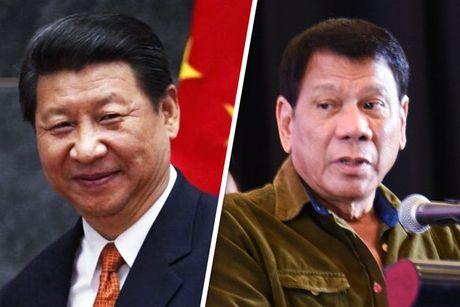 Tong thong Philippines Duterte lam gi trong chuyen tham Trung Quoc? - Anh 1