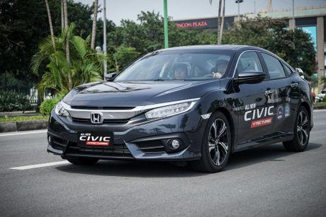 Mot ngay lam quen Honda Civic 2017 voi dong co tang ap VTEC Turbo 1.5L - Anh 2
