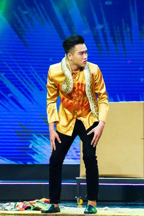 Bang Di do giong khung voi Le Nhu, Thu My tai Gala Lang Hai Mo Hoi - Anh 3