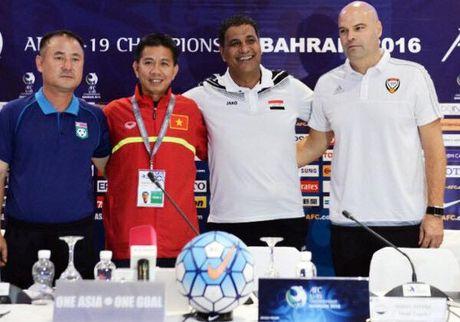 HLV Hoang Anh Tuan cong kich trong tai, nhan xet soc ve U19 Viet Nam - Anh 1