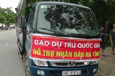 """Phat hien xe """"gao du tru"""" nhap hang cho tu thuong - Anh 1"""