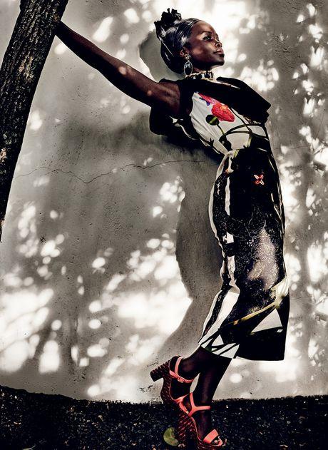 Lupita Nyong'o ruc ro sac mau o Kenya - Anh 10
