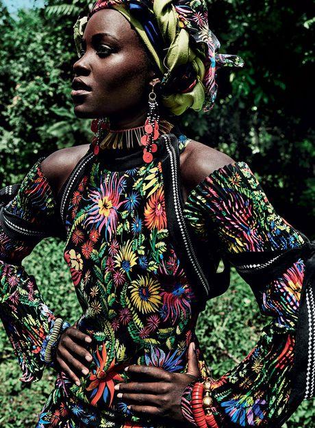 Lupita Nyong'o ruc ro sac mau o Kenya - Anh 9