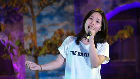 Thuy Chi hat live 'don tim' trieu nguoi nghe - Anh 3