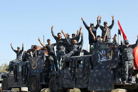 Iraq tien than toc, giai phong nhieu khu vuc quanh Mosul - Anh 1