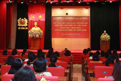 Hoi Phu nu cac don vi truc thuoc Bo truong mit tinh ky niem Ngay thanh lap Hoi Lien hiep phu nu Viet Nam - Anh 1