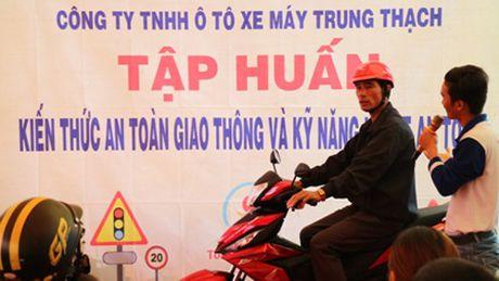 Tuyen duong cac HEAD xuat sac nhat trong Hoat dong Lai xe an toan Quy III/2016 - Anh 4