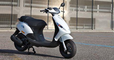 Yamaha Nozza va Piaggio Zip nen mua xe nao la tot nhat? - Anh 3