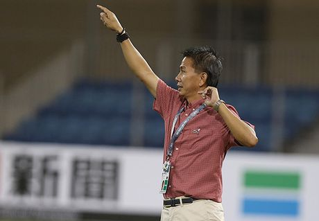 Hoa U19 UAE, HLV Hoang Anh Tuan 'trach nhe' hoc tro - Anh 1