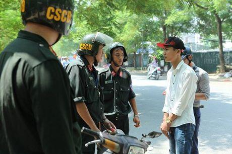 Da khoi to 24 doi tuong dua xe trai phep o Ha Noi - Anh 1