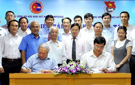 Day manh giao luu huu nghi thanh thieu nhi Viet Nam - Campuchia - Anh 2