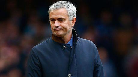 BAN TIN The thao: Mourinho xac lap ky luc te hai cung M.U - Anh 1