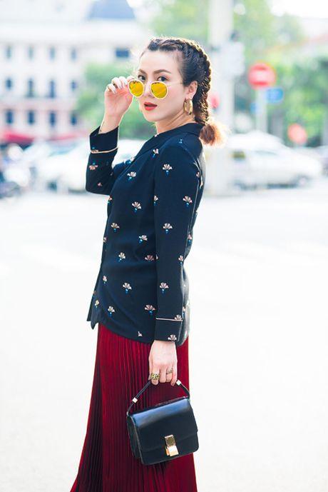 Yen Trang, Yen Nhi 'chat lu' tren pho - Anh 3