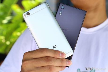 Do hieu nang Sony Xperia XZ va Xiaomi Mi 5S - Anh 1