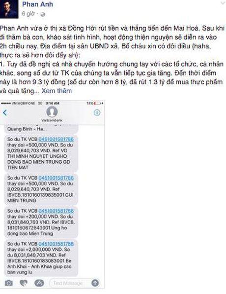 MC Phan Anh da toi Quang Binh, trao 1.000 phan qua cho ba con vung lu - Anh 3