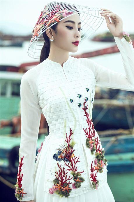 Moc mac nhung kieu sa, Nam Em dien ao ba ba o trung ket Miss Earth 2016 - Anh 3