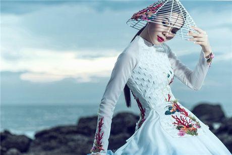 Moc mac nhung kieu sa, Nam Em dien ao ba ba o trung ket Miss Earth 2016 - Anh 5