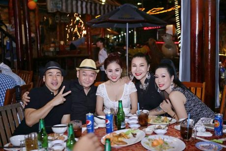 Trinh Kim Chi, Phi Thanh Van hoi ngo mung sinh nhat tuoi... 19 cua Long Nhat - Anh 3
