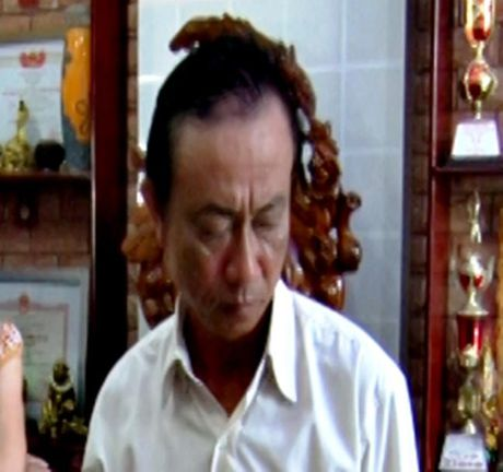 Ba Giam doc doanh nghiep Mien tay bi truy to hanh vi tham o - Anh 3