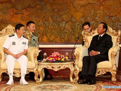 Doi tau ho tong hai quan Trung Quoc tham Campuchia - Anh 1