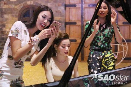 Sao Vpop va nhung lan 'tung hoanh' hit dong nghiep khien fan thich thu - Anh 2