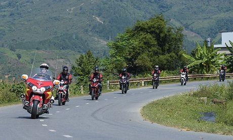 Xem Honda Winner 150 chinh phuc cuc Tay - Anh 16