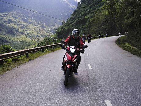 Xem Honda Winner 150 chinh phuc cuc Tay - Anh 2