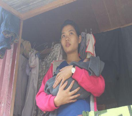 Nguoi dan o ron lu Tan Hoa kho khan sau lu lon - Anh 9