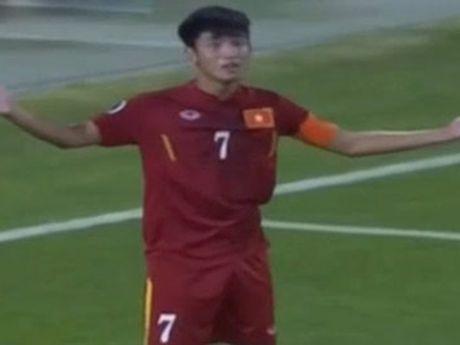 Binh luan U-19 Viet Nam: Khi nguoi ta tre nguoi, non da - Anh 1