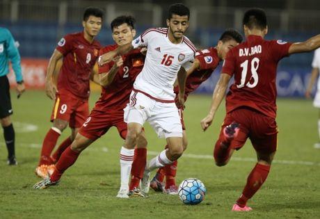 Binh luan U-19 Viet Nam: Khi nguoi ta tre nguoi, non da - Anh 3