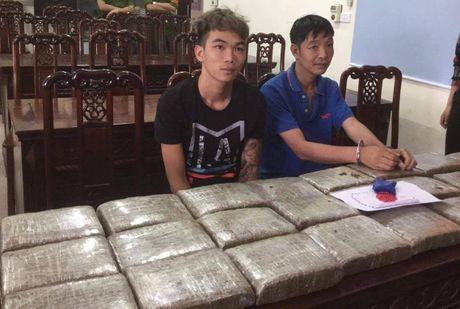 Loi dung mua lu, di buon 32 kg can sa - Anh 2