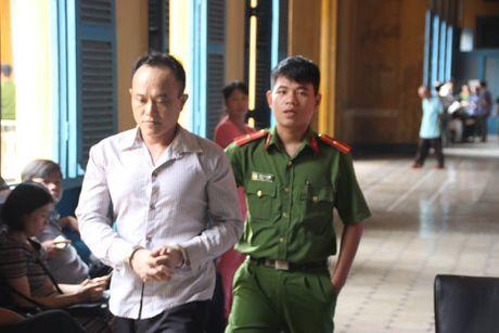 Hung thu giet co gai 20 tuoi o quan an khong duoc giam an - Anh 1