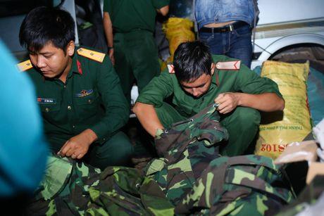 Nghi may bay truc thang roi canh ngoi chua o huyen Tan Thanh - Anh 6