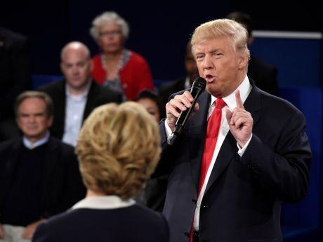Chay nuoc rut, Donald Trump quyet choi ban toi cung - Anh 2
