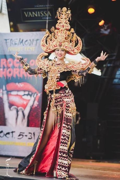 Nhung bo quoc phuc long lay nhat Miss Grand International 2016 - Anh 13
